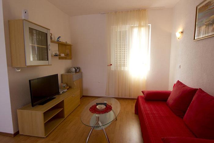 Apartmani i sobe DIS - Vis